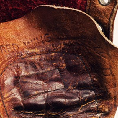 History of Red Wing 877
