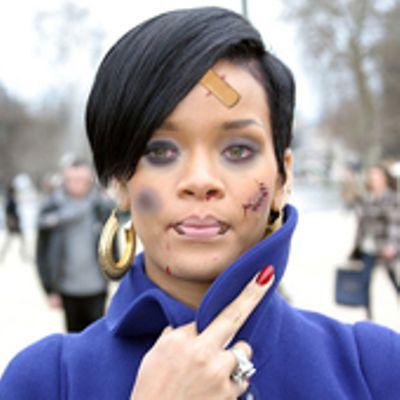 Un fan aggredisce Rihanna perchè sta ancora con Chris Brown
