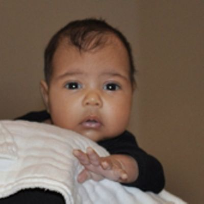 La moda pesa e i vestiti per la figlia di Kim e Kanye
