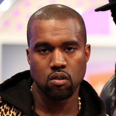 Kanye ha spiegato perché non sorride mai