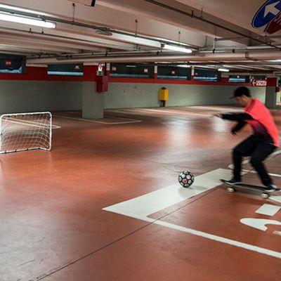 Nuovo sport: calcio + skateboard = SKATEBALL