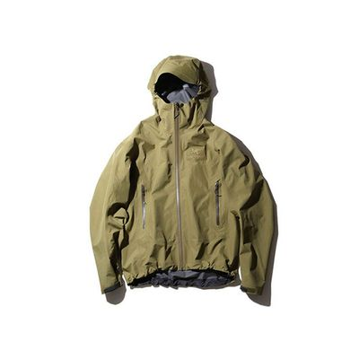 BEAMS x Arc'teryx Beta SL Jacket
