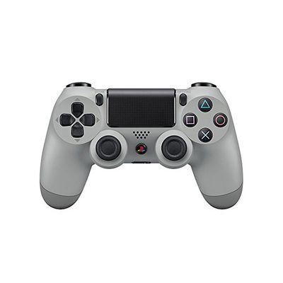 Il controller della PS4 con la colorazione OG