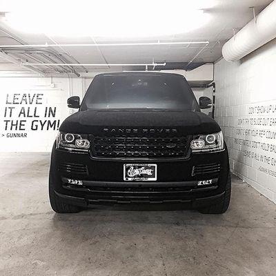 Khloe Kardashian si è fatta rivestire il Range Rover di velluto