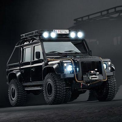 Range Rover e Land Rover acchittati pesantissimi del nuovo James Bond