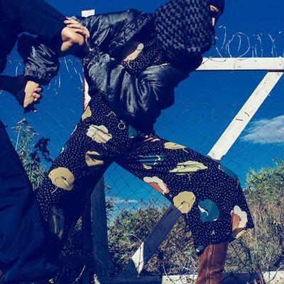 Shooting di moda a tema immigrazione clandestina