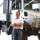 Con soli 300k ti puoi comprare il Mercedes-Benz Unimog custom di Arnold Schwarzenegger