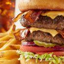 Un frate si è fatto cambiare il nome in 'Bacon Double Cheeseburger'