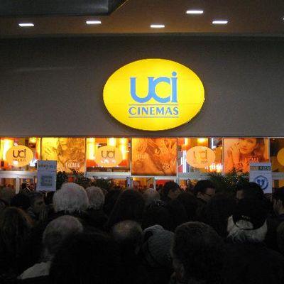 Se non sei a NY per la fw puoi andare negli UCI Cinema a vedere Yeezy Season 3