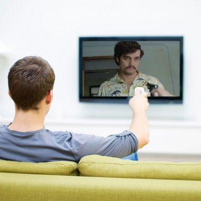 Il fratello di Pablo Escobar vuole controllare che Netflix non infami suo frate
