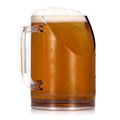 Boccale di birra che non si intromette tra i tuoi occhi e la TV