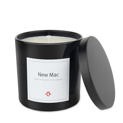 Candela al profumo di Mac appena fuori dalla scatola