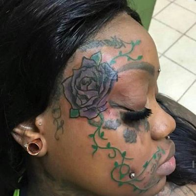 Speciale rose tattoo flash + presentazione del primo videoclip di Loris Gentile al The Tattoo Shop