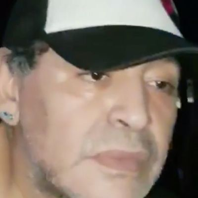 Maradona in serata un pelo inamidato