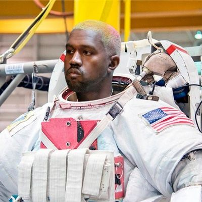 Possibili output della collabo tra Kanye West e la NASA