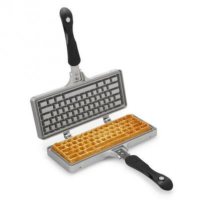 Macchina per waffle a forma di tastiera