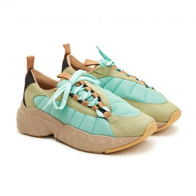 Footscape di Acne Studios