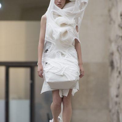Nuovo accessorio moda: il divano