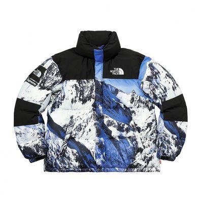 Supreme x The North Face con le montagne