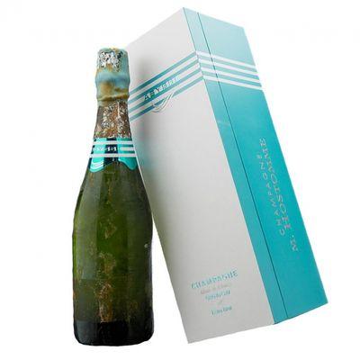 Champagne invecchiato negli abissi