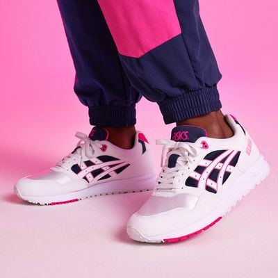 ASICSTIGER ha rifatto GEL-SAGA con le colorway og