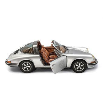 Porsche Targa 911 con interni custom Berluti